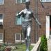 Gyógyítás-Kígyós nő szobor
