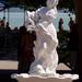 szobor a balatonudvari strand előtt